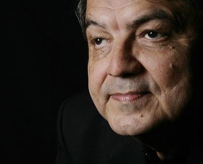 Sergio Ramírez. Photo by Daniel Mordzinski