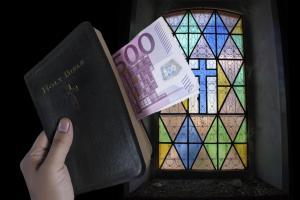 Foto: Getty Images/Flickr Open Der Kirchensteueranteil auf Kapitalerträge hat viele Deutsche dazu bewegt, aus christlichen Kirchen auszutreten